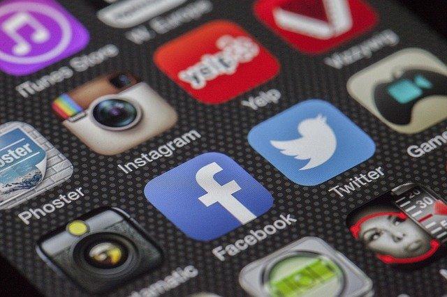 Redes sociales y locatarios